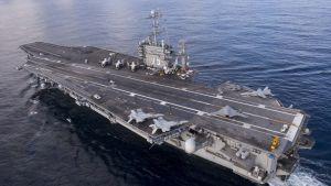 Yhdysvaltain lentotukialus Harry S. Truman vuonna 2012 otetussa ilmakuvassa.