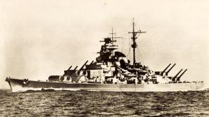 Taistelulaiva Tirpitz