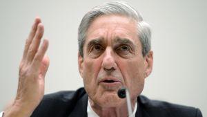 Erikoistutkija Robert Mueller edustajainhuoneen oikeuskomitean kuulemisessa 2013.