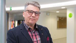 Apteekkari Jukka Väätäinen