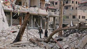 Katunäkymä tuhoutuneesta Hazzehin kaupungista Syyriassa.