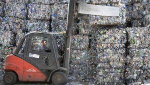 Muovijätettä saksalaisessa varastossa.