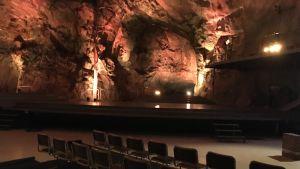 Tuunaansaareen luolasto herää henkiin Punkaharjulla.