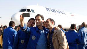 Iranin lentoyhtiö Iran Air otti vastaan ensimmäisen uuden Airbus-matkustajakoneensa tammikuussa 2017.