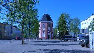 Lippupuiston ensimmäinen osa avautuu Lipputornin ympärille Suomen lipun 100-vuotisjuhlapäivänä 28. toukokuuta.
