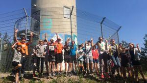 Söderkulla Skolan oppilaat iloitsevat vesitornilla