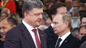 Ukrainan presidentti Petro Porošenko ja Venäjän presidentti Vladimir Putin.