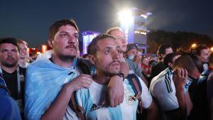 Argentiinan fanit olivat järkyttyneitä Moskovan fanialueella.