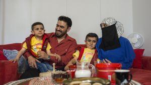 Syyrialaisperhe viihtyy Suomussalmella