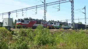 Konttijuna lähdössä Kouvolasta Kiinan Xi'aniin