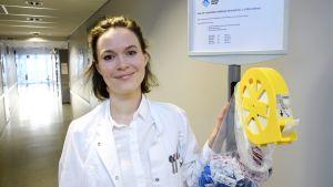 Myyrmäen ehkäisy- ja perheneuvolassa työskentelevä väitöskirjatutkija Frida Gyllenberg.