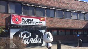 Panda-maskotti.