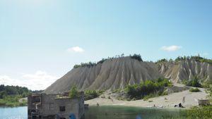 Rummun louhosjärven vesi on kristallinkirkasta.