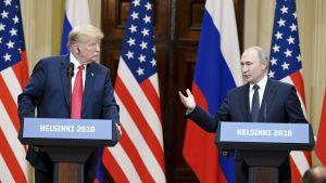Donald Trumpin ja Vladimir Putinin tiedotustilaisuus presidentinlinnassa.