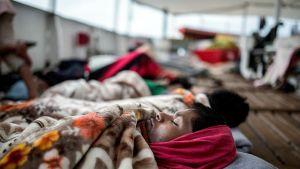 Välimereltä pelastettuja siirtolaisia pelastusjärjestö Proaktiva Open Armsin laivalla.