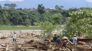 Tuhoutunut kylä Vietnamissa