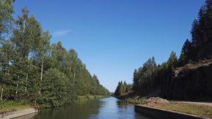 Kimolan kanava Konniveden suuntaan kuvattuna.