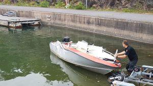 Nauvon toinen onnettomuusvene,