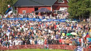 Yleisöä Jyväskylän ralli