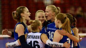 Suomen naisten lentopallomaajoukkue.