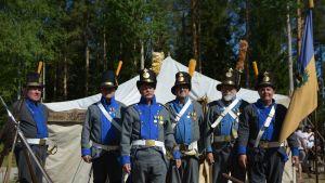 Porin perinnerykmentti Oravaisten taistelun 210 vuotismuistopäivänä.