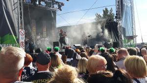 Jari Sillanpää esiintymässä Satama Open Air -festivaaleilla.