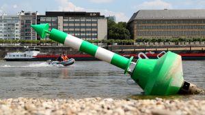 Kuivunut joki Dusseldorfissa.