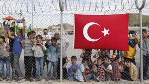 Syyrialaisia pakolaisia pakolaisleirillä Turkissa vuonna 2016.