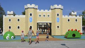 Launeen perhepuiston uusi linnake