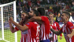 Atletico Madridin pelaajat juhlivat maalia.