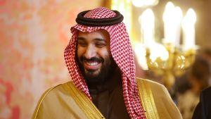 Saudi-Arabian kruununprinssi Mohammed bin Salman Espanjan vierailullaan kuninkaanlinnassa Madridissa huhtikuussa. Kruununprinssi on pyrkinyt ajamaan parannuksia naisten oikeuksiin omassa maassaan.