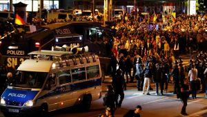 Kuvaa äärioikeiston Chemnitzin protesteista 27. elokuuta.
