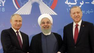 Venäjän presidentti Vladimir Putin, Iranin presidentti Hassan Rouhani ja Turkin presidentti Recep Tayyip Erdogan Teheranissa 7. syyskuuta.