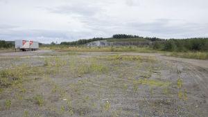 Alue, johon suunnitteila Finnpulpin tehdas.