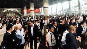 Matkailualan ammattilaisia evakuoitiin viikonloppuna Hongkongin kupeessa järjestettävässä matkailualan konferenssissa taifuuni Mangkhutin tieltä.