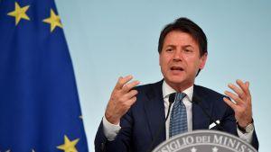 Pääministeri Giuseppe Conten hallitus julkisti myöhään torstaina Italian uuden budjetin.