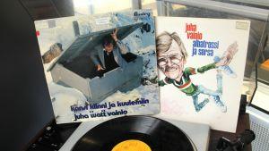 Juha Vainion LP-levyjä