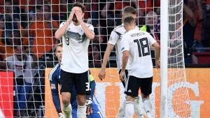 Saksan pelaaja Hollanti-ottelussa 13.10. 2018