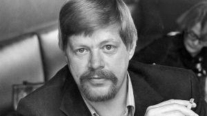 Arto Paasilinna.
