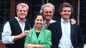 Gilberto, Guiliana, Luciano ja Carlo Benetton kuvattuna vuonna 1993.