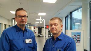 Sairaanhoitaja Petri Falck ja turvallisuuspäällikkö Jukka Aho.