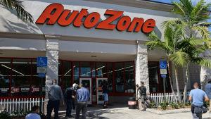 Epäilty pidätettiin Autozone-liikkeessä Floridassa eilen, 26. lokakuuta.