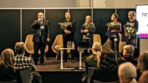 Kuvassa Seppo Hentilä, Jake Nyman, Pertti Koskimies, Katleena Kortesuo ja Satu Kaski.