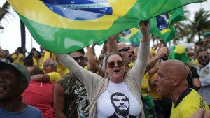 Jair Bolsonaron kannattaja