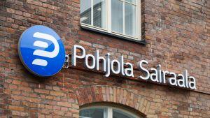Finanssiryhmä OP Ryhmän Pohjola Sairaala Tampellan vanhan pellavatehtaan kiinteistössä Tampereella.