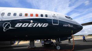 Boeing 737 max -lentokone asematasolla