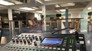 Yle Kajaanin studio Kainuun keskussairaalassa.