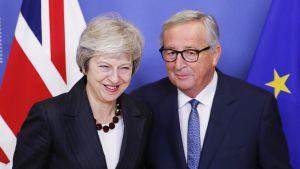 Theresa May ja Jean-Claude Juncker