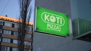 Kotipizza Vaasan Kirkkopuistikolla.