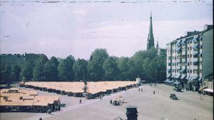 Punaisenlähteen tori nähtynä Viipurin maalaiskunnan talosta kesällä 1939